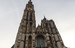 Paryż: 922 mln euro na odbudowę katedry Notre-Dame