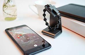 Watykan zaprezentował elektroniczny różaniec i aplikację do modlitwy. Nie powstydziłby się ich Apple
