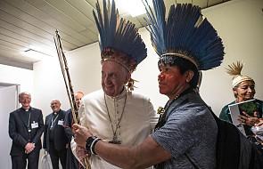 Papież spotkał się z grupą Indian amazońskich [GALERIA]
