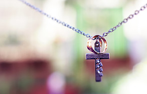 Ks. Drąg: Kościół wspiera rodzinę i małżeństwo w kryzysie