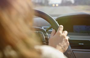 """""""Zdążyłam krzyknąć tylko: Jezu ratuj!"""". Inna dłoń chwyciła kierownicę. To był mój anioł [ŚWIADECTWO]"""