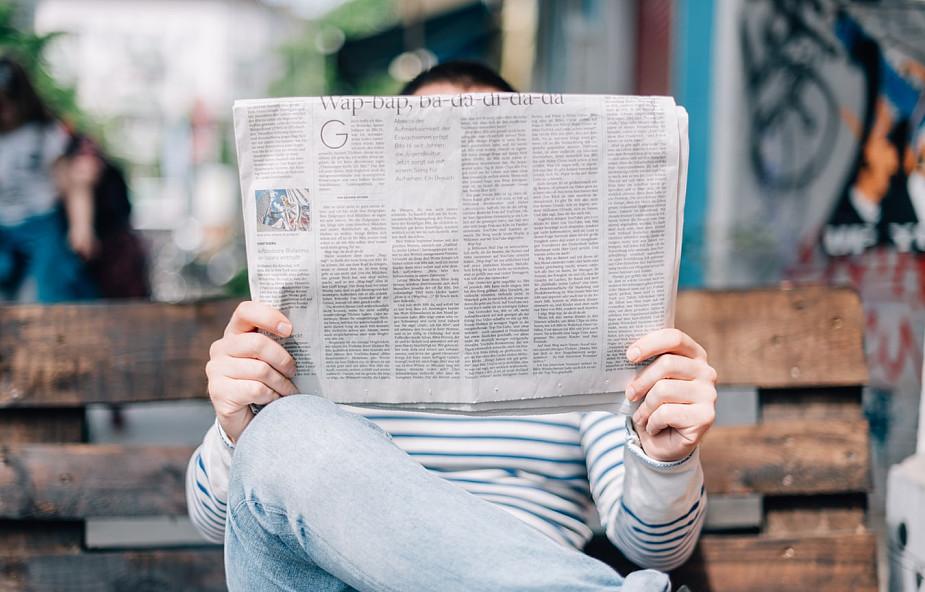 Jak chrześcijanie powinni reagować na fake newsy?