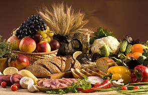 Papieska Akademia Nauk wzywa do umiaru w korzystaniu z żywności