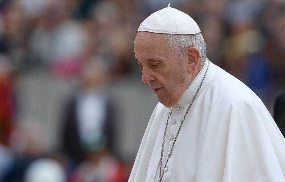 Franciszek modlił się za zakonnice troszczące się o chorych