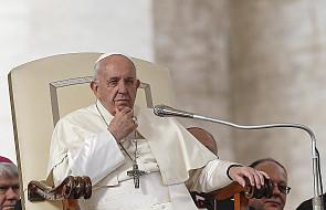 Papież: Kościół świadom nadużyć wobec nieletnich apeluje o walkę z nimi w sieci