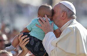 Franciszek poprosił wszystkich o modlitwę za pielęgniarki i położne