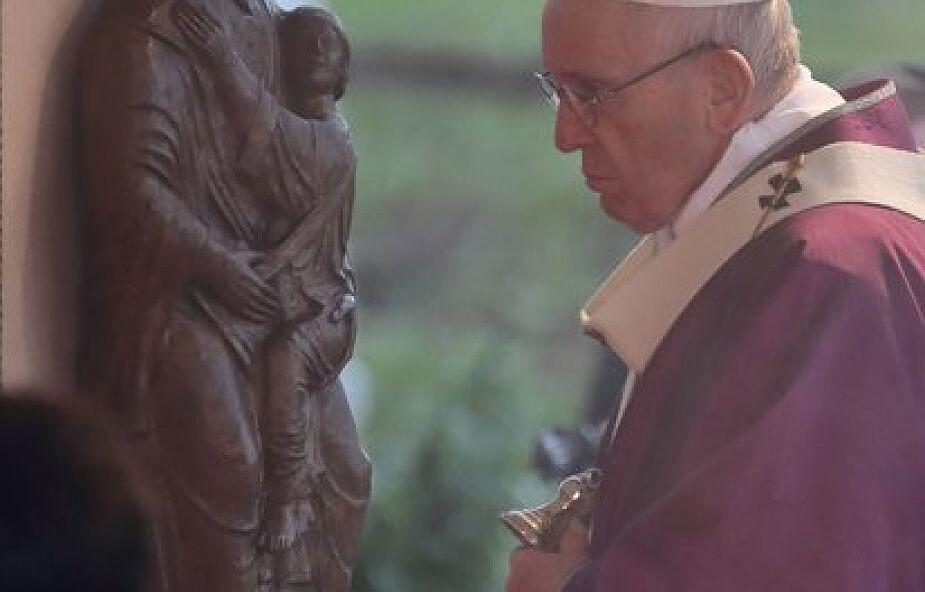 Franciszek w katechezie: idźmy za Jezusem na pustynię