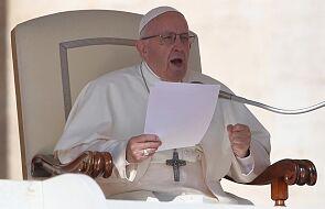 Papież: usłyszmy wołanie migrantów