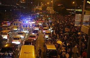 Wielka Brytania zaniepokojona przemocą w Hongkongu, Chiny oskarżają ją o ingerencję
