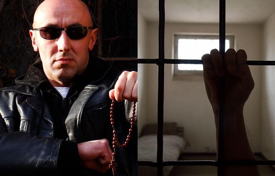 """Wiele lat spędził w więzieniu. Teraz nazywają go tam """"biskupem"""""""