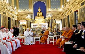 Papież w świątyni buddyjskiej: kultura spotkania jest możliwa