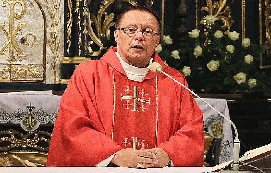Poza Kościołem nie ma zbawienia czy bez Kościoła nie ma zbawienia? Odpowiada abp Ryś
