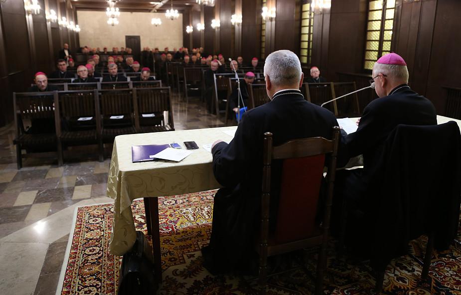 Komunikat z 385. Zebrania Plenarnego Konferencji Episkopatu Polski