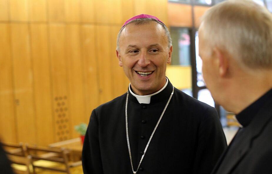 Bp Solarczyk udzielił osobom w kryzysie bezdomności sakramentu bierzmowania