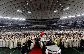 W więzieniu spędził 48 lat. Teraz uczestniczył w mszy z papieżem