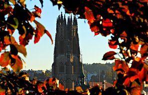 Na tej katedrze pojawiła sie tablica poświęcona ofiarom wykorzystania seksualnego w Kościele
