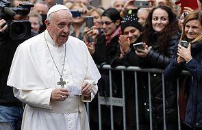 Papież przestrzegł przed biurokratycznym podejściem do rozbitych małżeństw