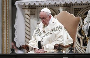 Franciszek: Bóg chcąc wstrząsnąć tępotą ludzi niekiedy działa stanowczo