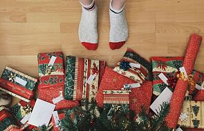 Kto przynosi prezenty pod choinkę? Nie tylko Święty Mikołaj
