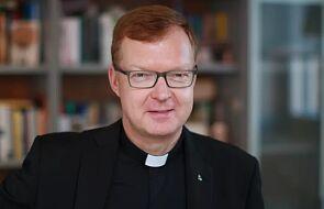 Ks. Hans Zollner o skutkach uchylenia tajemnicy papieskiej