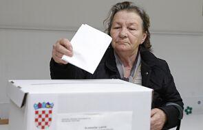 Chorwacja: w wyborach prezydenckich prowadzi Milanović