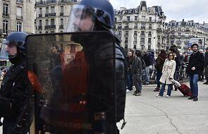 Francja: święta Bożego Narodzenia nie przerwały strajków
