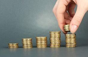 GUS: przeciętne miesięczne wynagrodzenie wyższe o 7,3 proc. niż przed rokiem