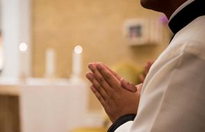 """""""Skrzywdził mnie nie Kościół, lecz konkretna osoba"""". Postulaty do biskupów osoby molestowanej przez księdza"""