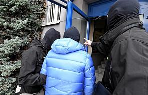 Prokuratura postawiła zarzuty b. prezesowi i b. dyrektorom PKN Orlen