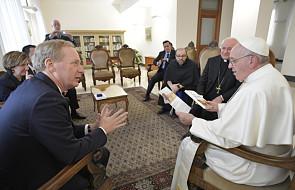 Prezes Microsoftu opowiedział papieżowi o sztucznej inteligencji w służbie dobru wspólnemu