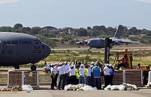 Pomoc humanitarna dla Wenezueli czeka na dostawy na granicy z Kolumbią