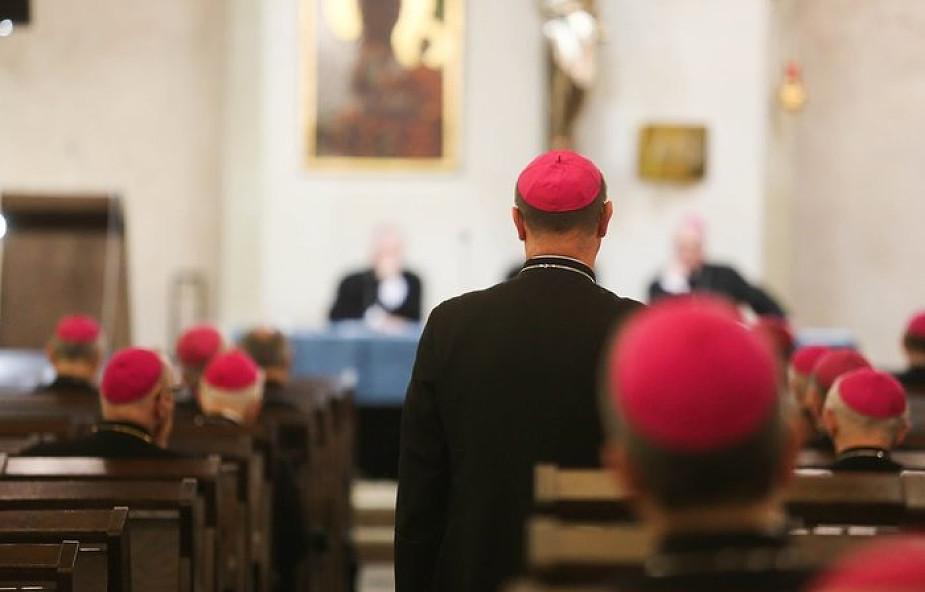 Kościół w Polsce obiera irlandzki kurs?