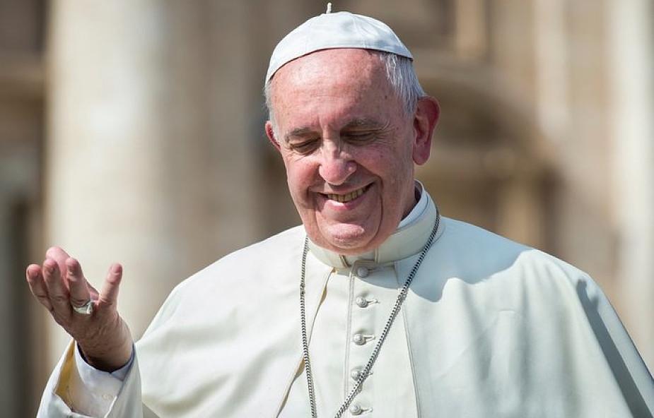 Ojciec Święty o konieczności promowania polityki pokoju