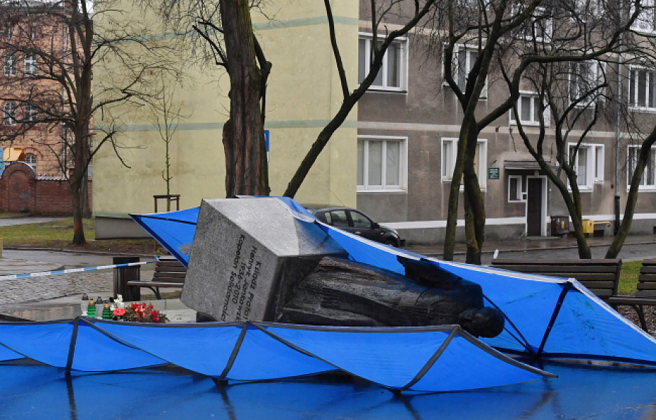 Bodnar: w państwie demokratycznym pomniki się stawia i obala w sposób przewidziany przepisami prawa