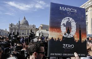 Prasa o szczycie w Watykanie: koniec zmowy milczenia w sprawie pedofilii