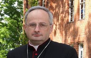 """Oświadczenie biskupa elbląskiego do raportu fundacji """"Nie lękajcie się"""": na żadnym etapie sprawy nie było prób jej tuszowania"""