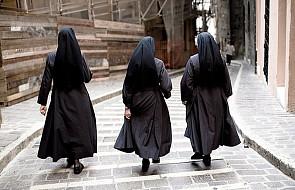 Siostry zakonne w Polsce często są utożsamiane ze służącymi