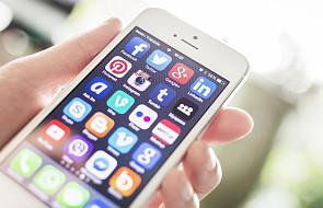 UE: KE krytykuje Facebooka, Twittera i Google'a ws. walki z dezinformacją