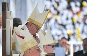 Papież przyznał, że istnieje problem wykorzystywania zakonnic przez księży