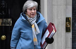 May: bezumowny brexit pozostaje domyślnym rozwiązaniem