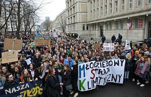 Warszawa: Młodzieżowy strajk klimatyczny przeszedł ulicami miasta