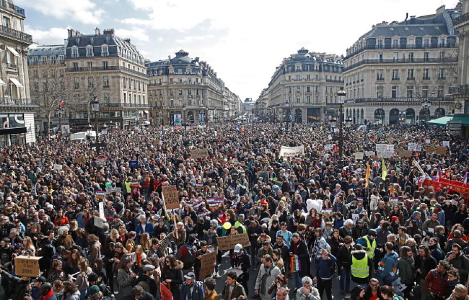 Paryż: kilkadziesiąt tysięcy uczestników marszu dla klimatu w Paryżu