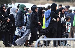 Nowa Zelandia: premier ogłosiła zakaz sprzedaży broni półautomatycznej i szturmowej