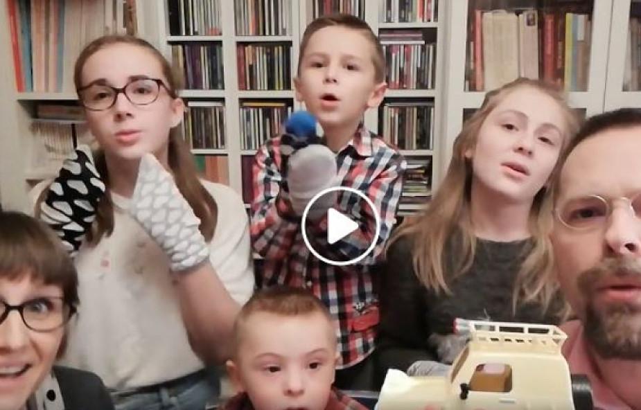 """Rodzinna """"Piosenka Felka"""", chłopczyka z zespołem Downa, podbija internet [WIDEO]"""