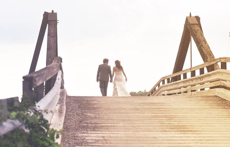 Najbardziej wzruszające zaręczyny na świecie? Chłopak uratował życie swojej przyszłej żony