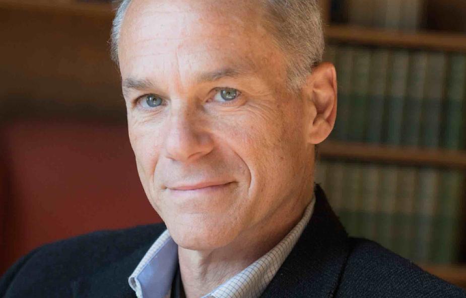 """Fizyk krytykujący ateizm nagrodzony """"Noblem dla humanistów"""". Prof. Marcelo Gleiser otrzymał Nagrodę Templetona"""