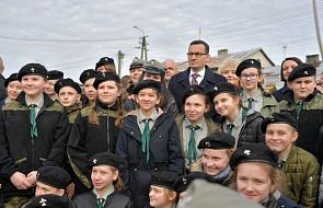 Premier w Sadownem złożył hołd Polakom ratującym Żydów w czasie wojny