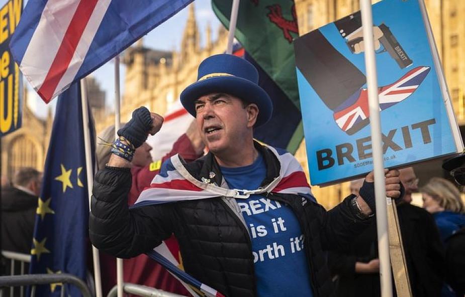 Media w Wielkiej Brytanii: statnia szansa na uszanowanie wyników referendum w sprawie brexitu