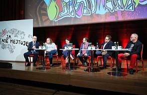 Debata: hejt to jeden z najważniejszych problemów społecznych w Polsce