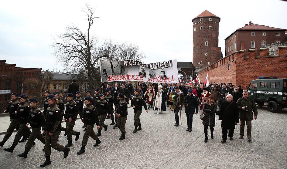 W Krakowie Marsz ku czci Żołnierzy Wyklętych - zdjęcie w treści artykułu nr 1